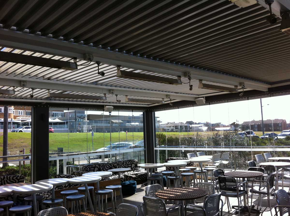 Restaurant Multi-Bank Opening & Closing Ultimate Louvre Verandah - Mornington